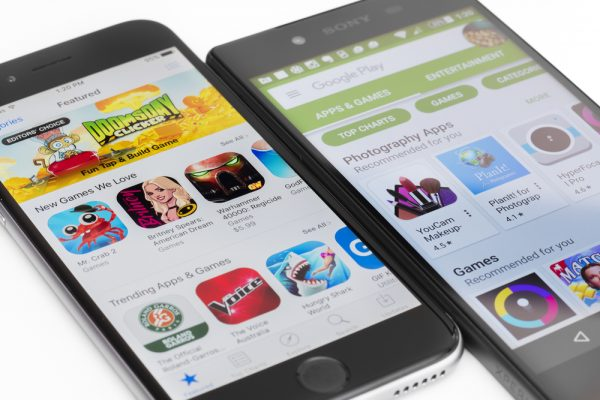 difference-app-store-vs-google-play-store