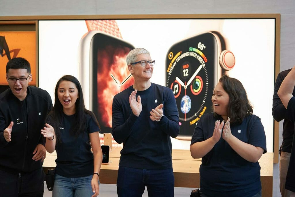 Tim Cook Apple Watch